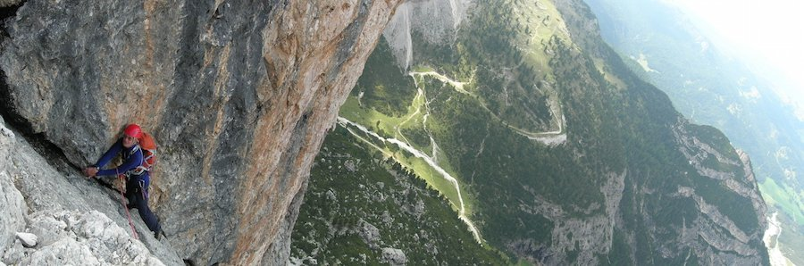 rock-climbing-dolomites-great-corner